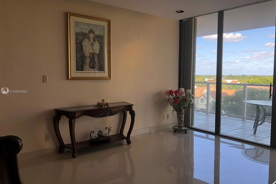 Marina Tower Of Turnberry Unit 5f 2 Bedroom Condo For